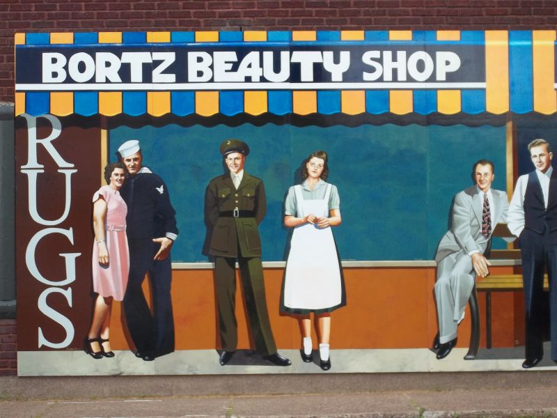 Mural: Bortz Beauty Shop